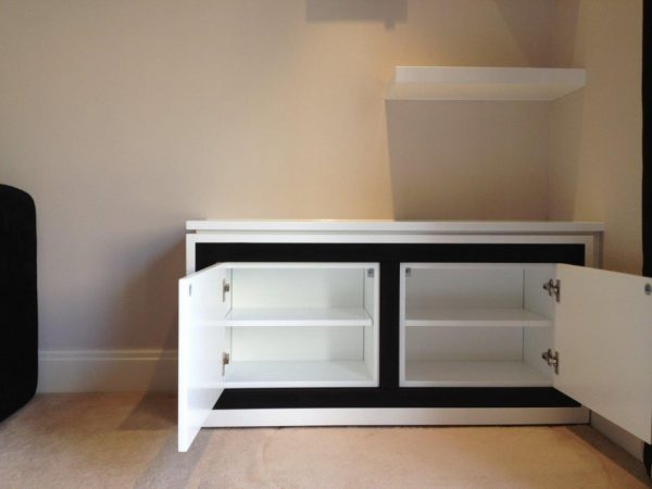 Tom Collins Bespoke Media Unit